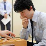 藤井聡太四段棋士の月収・年収はどれくらい?羽生善治や加藤一二三は収入億越えも?